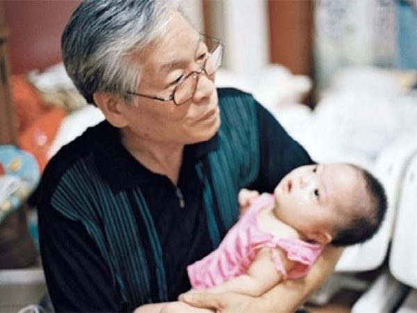 "Drop Box ""Drop Box"": Rescuing The Unwanted Babies Of South Korea"