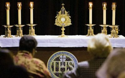 How Will Your Life Change When You Go To Eucharistic Adoration?
