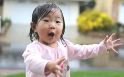 This Video Of A Little Girl Enjoying The Rain For The First Time Is Pure Joy
