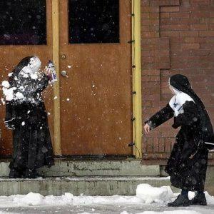 37 Photos that Prove that Nuns Live Boring Lives