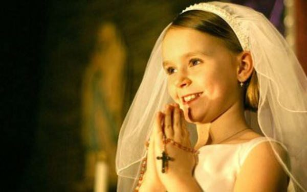 "7 Tips for Keeping the ""Holy"" in First Holy Communion"