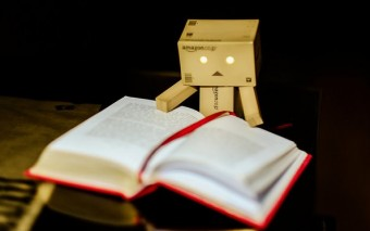 "A Step-By-Step Guide to Not Read the Bible Like a Robot: ""Lectio Divina"""
