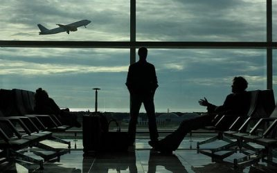 The Anonymous Traveler Held Up While Boarding: The Drama of a Life that Never Begins (Mk 10:17-30)
