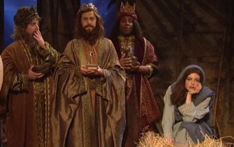 Emma Stone and SNL Show Us How Mary Could Have Responded on Christmas