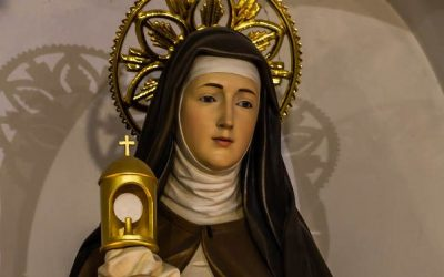 That Time St. Clare Defeated An Army With the Holy Eucharist