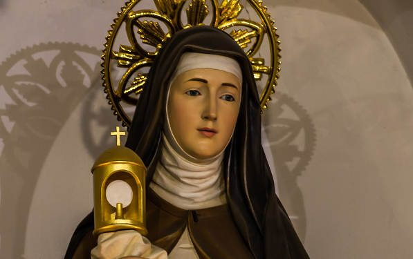 st. clare eucharistic miracles