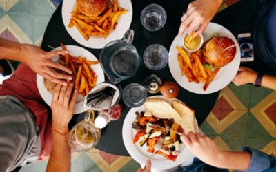 7 Things Your Child Learns When You Regularly Have Family Meals