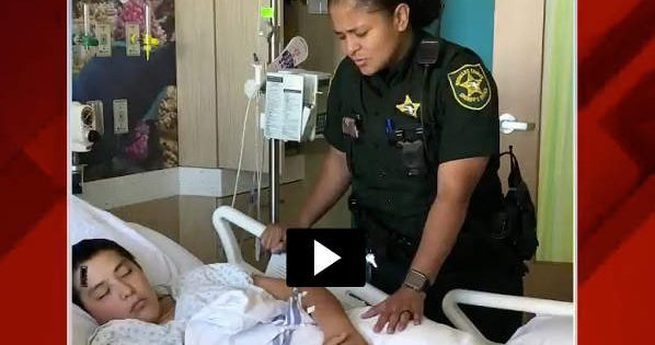 Brenda Louis Deputy Prays With Victims Of School Shooting