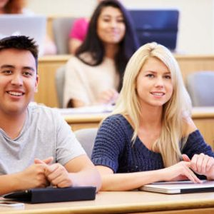 4 Ways To Combat The Secular Storm on College Campuses