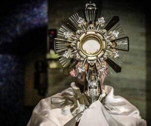 catholic Adoration Eucharist 177 Project