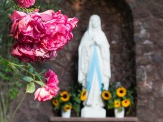 May Is Devoted To The Blessed Virgin Mary | Mark Your Calendar!