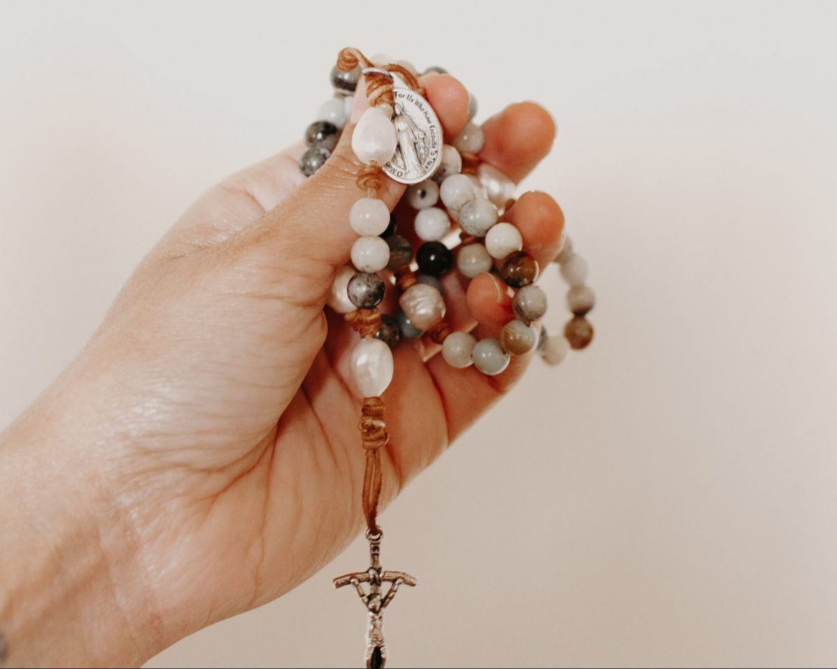 how to pray a rosary better