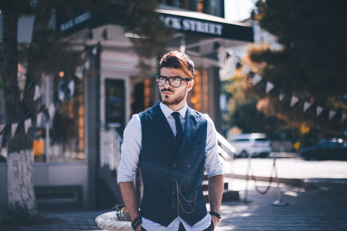 6 Social Graces Every Modern Gentleman Should Know